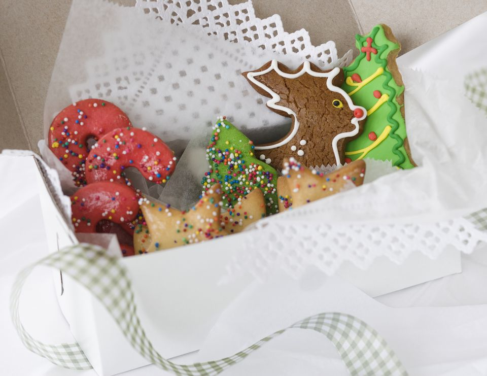 How to do a holiday cookie swap