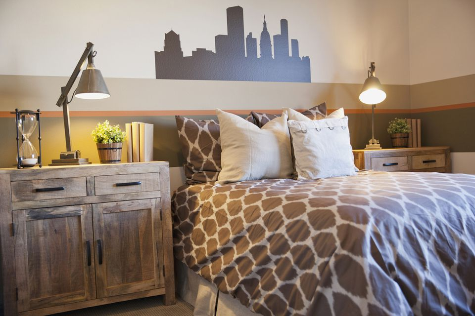 guest bedroom furniture. Choose Bedroom Furniture that Reflects your Design Style How to for Small Guest Room