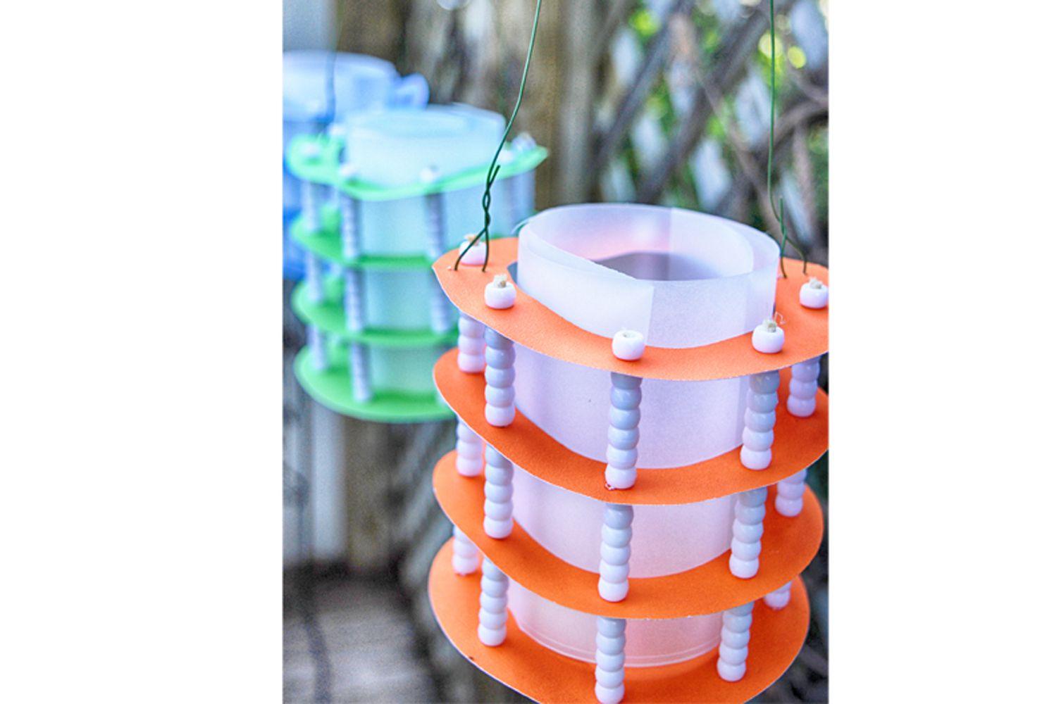 Diy paper lantern party decor tutorial for Paper lantern tutorial