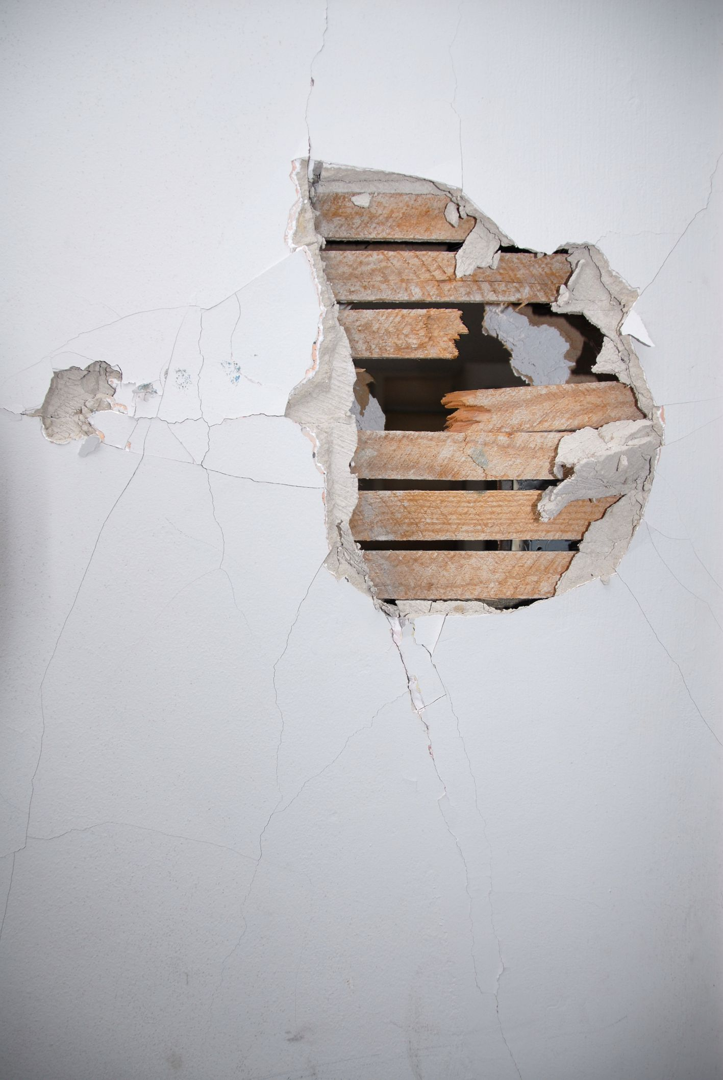 Fixing Small Holes In Drywall