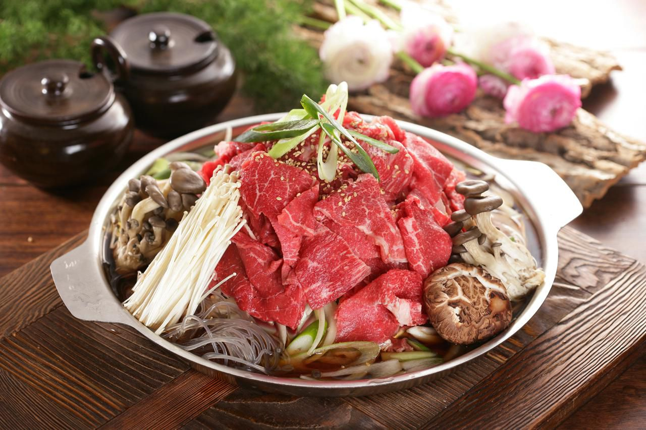 Classic korean bibimbap recipe the essential bulgogi korean beef barbecue recipe forumfinder Choice Image
