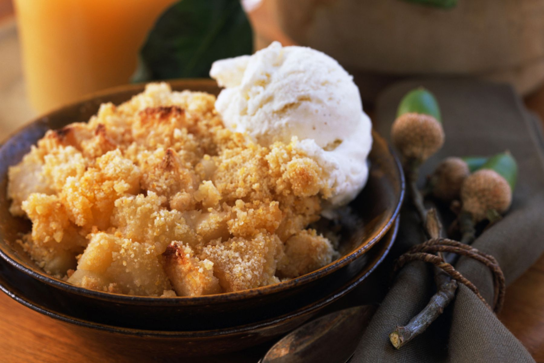 easy baked apple crisp dessert recipe. Black Bedroom Furniture Sets. Home Design Ideas
