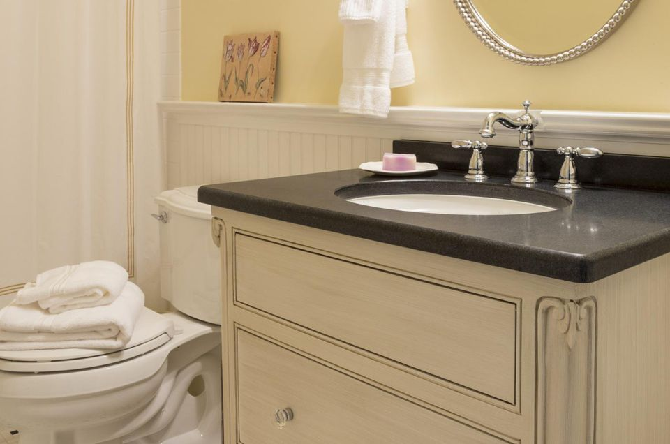 Fast Bathroom Remodel Gorgeous Remodel Your Small Bathroom Fast And Inexpensively Decorating Inspiration