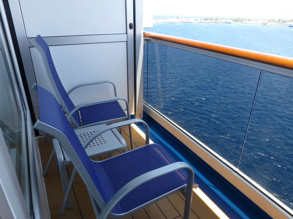 carnival breeze balcony cabin photo gallery