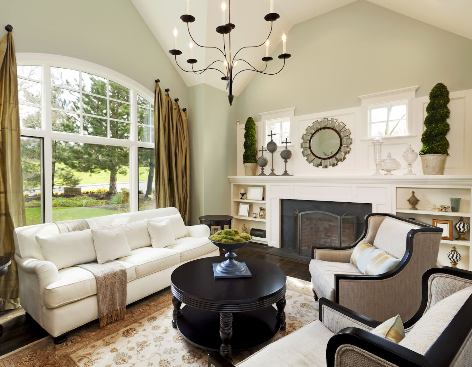 Living Room Decorating Ideas: How To Stage Your Open House To Appeal To Buyers