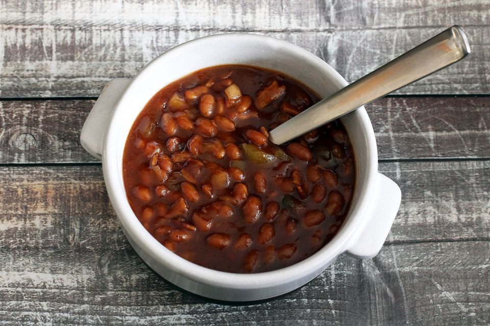 slow cooker barbecue beans and bacon