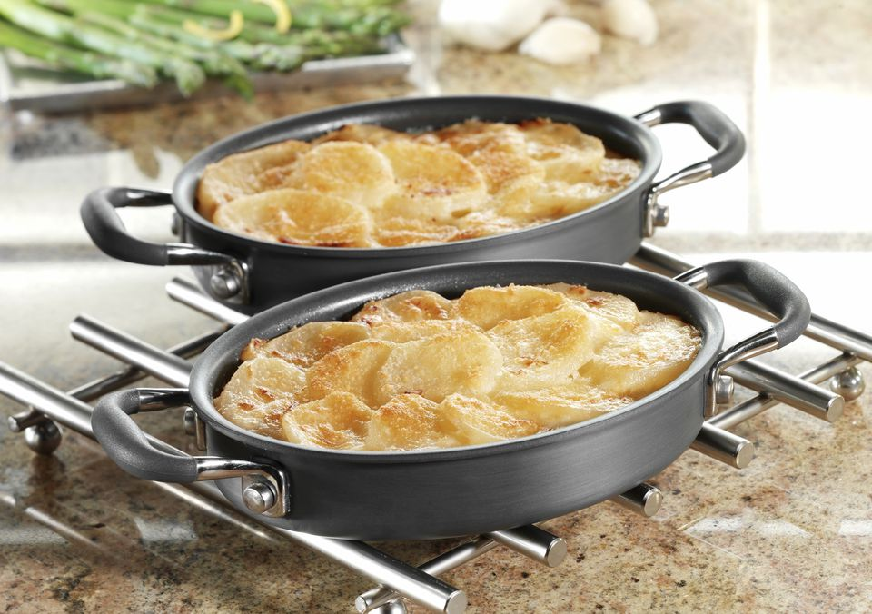 Scalloped Potatoes in Baking Pans