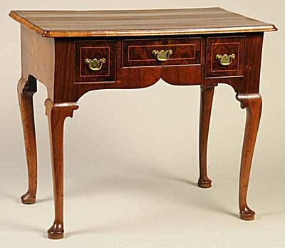 1760 Queen Anne Dressing Table. - Morphy Auctions - Queen Anne Style Antique Furniture Value Guide