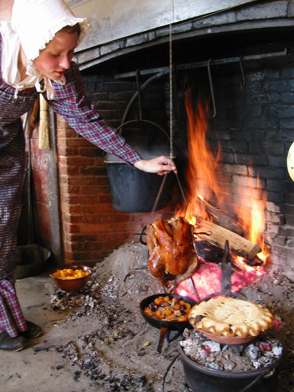 Cooking Mincemeat - Old Sturbridge Village Thanksgiving