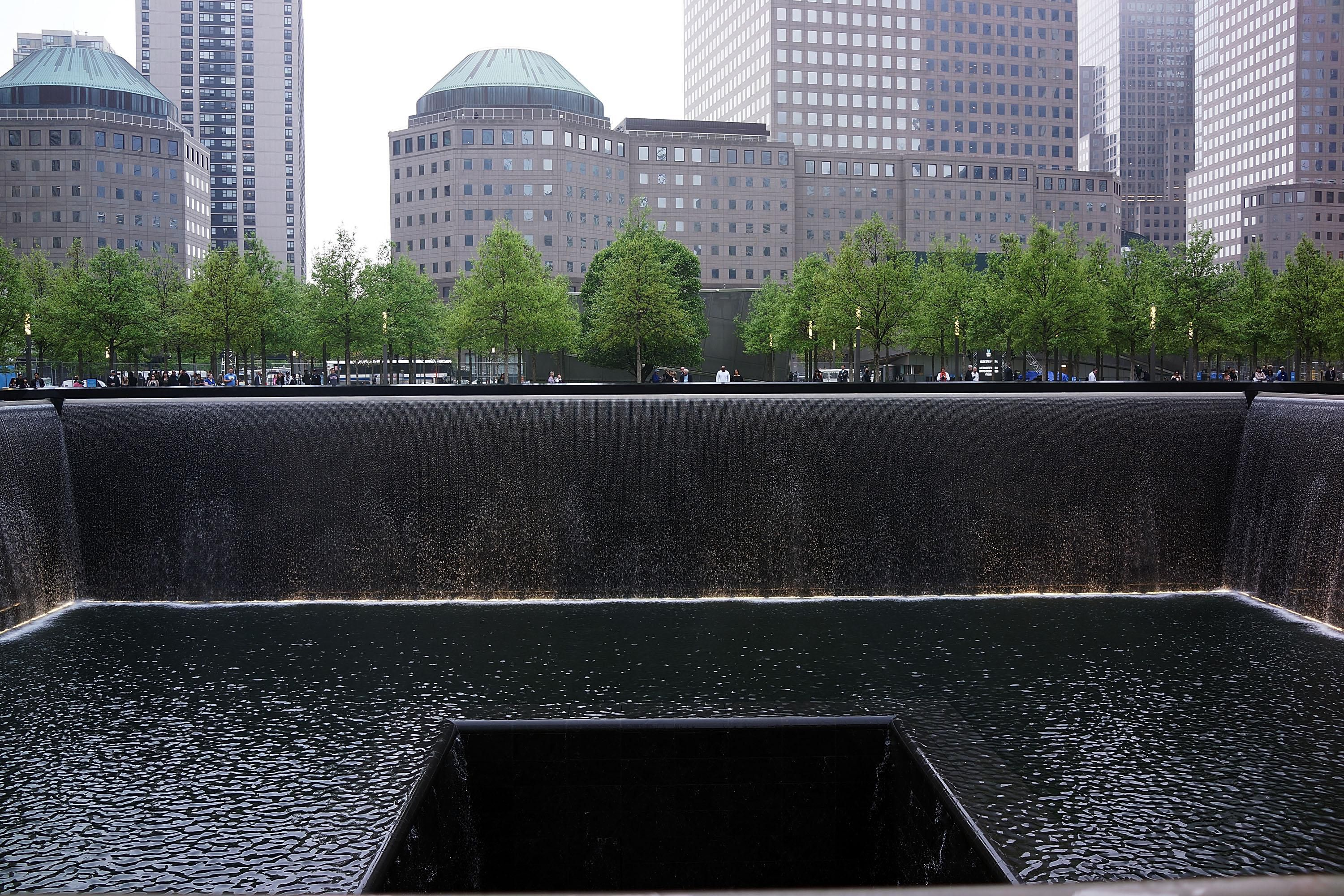 September 11 memorial facts tips and basics - Ground zero pools ...