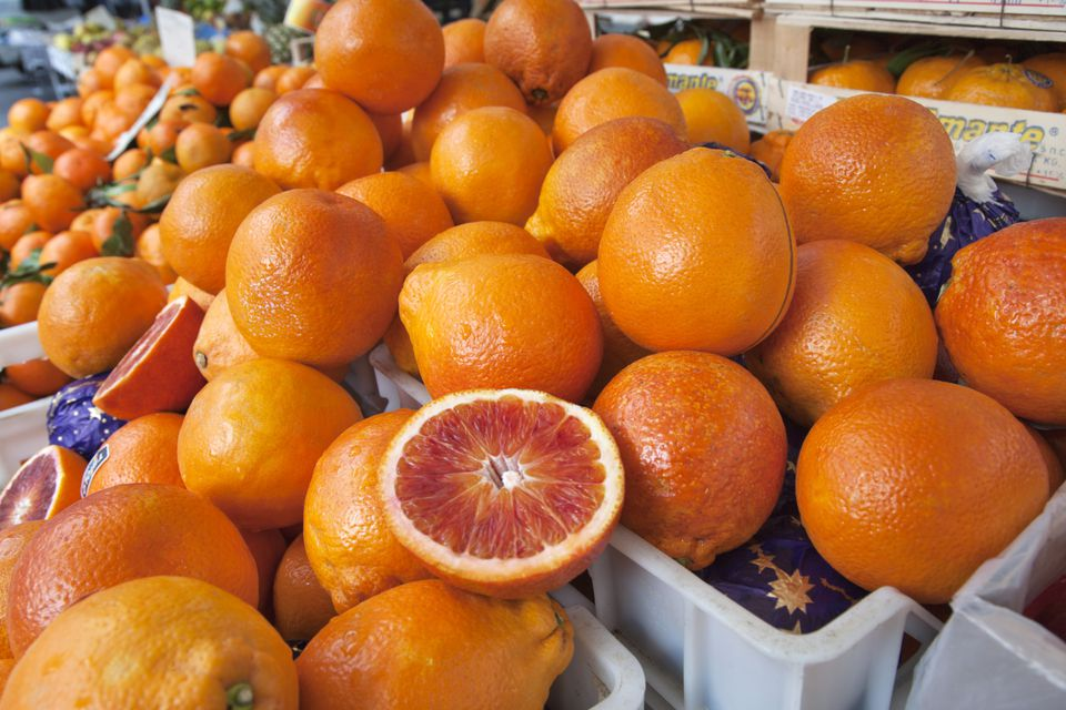 farmers market blood oranges