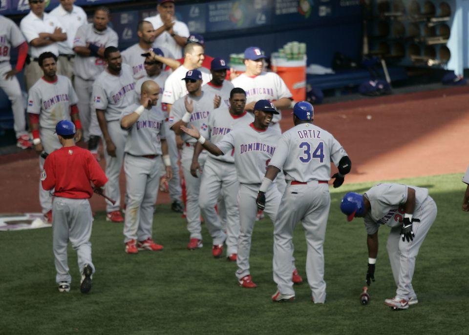 2006 World Baseball Classic - Cuba vs Dominican Republic - March 13, 2006