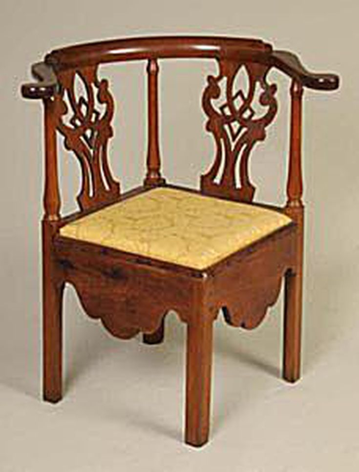 Chippendale Furniture Identification and Price Guide. Antiques - Queen Anne Style Antique Furniture Value Guide