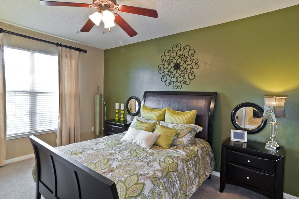 bold bedroom colors. Black and green bedroom  Bold Color Schemes for Bedrooms
