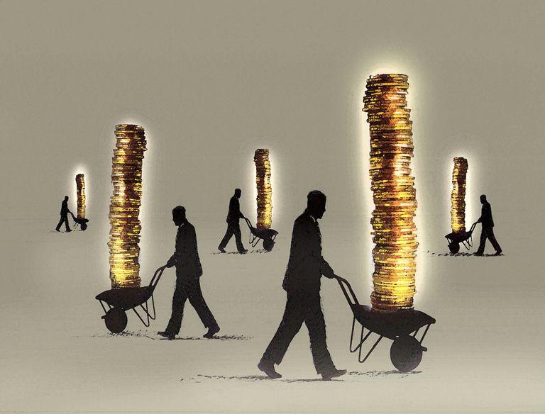 gold coins_business man_wheelbarrows