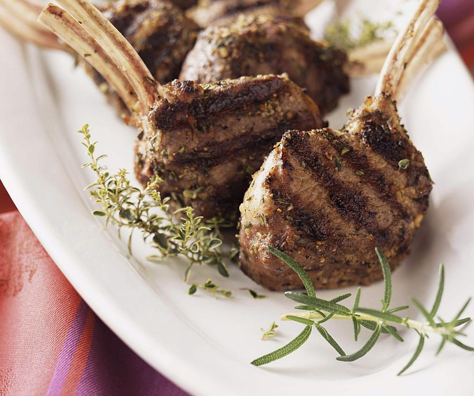 A plate of grilled lamb chops