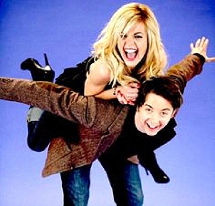 Maxie (Kirsten Storms) and Spinelli (Brad Anderson)