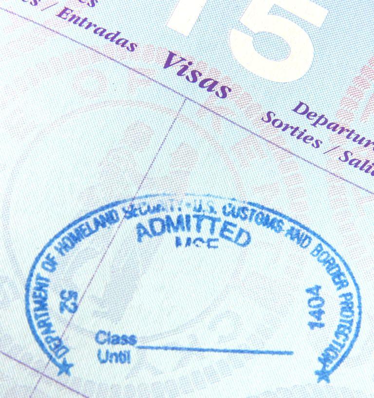 Sello en puesto de Inmigración de ingreso a los Estados Unidos