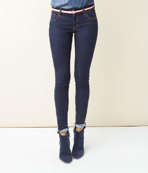 how to make legs look skinnier