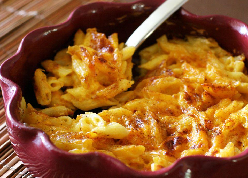 Basic Macaroni and Cheese Bake