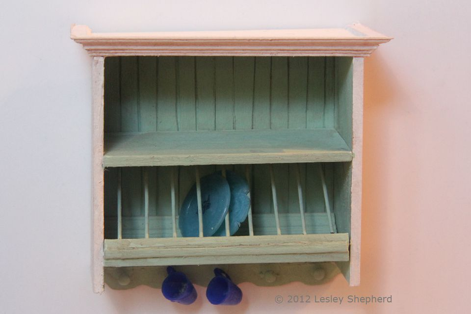 Dollhouse Miniature Furniture: Free Plans, Instructions