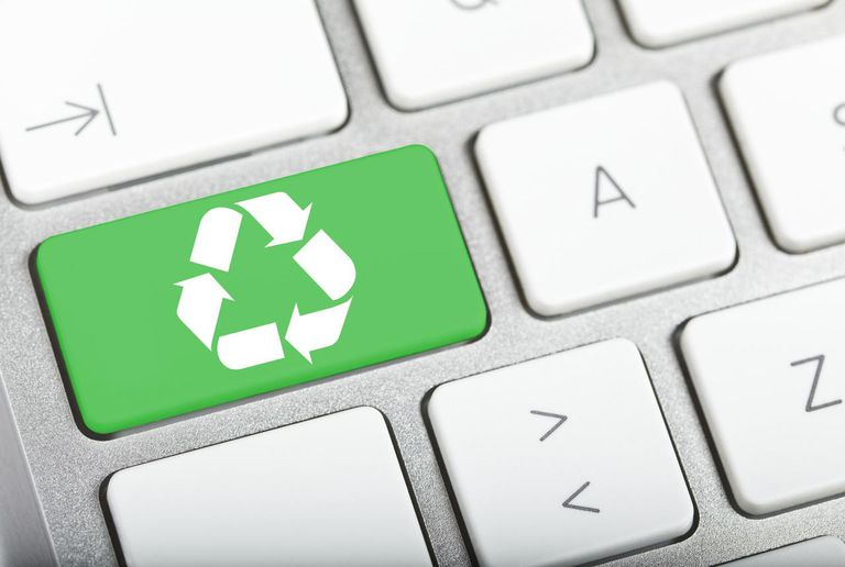 Recycle button on a computer keyboard
