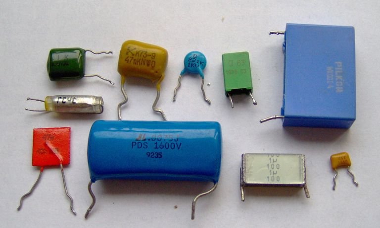 Electronic Component Capacitors