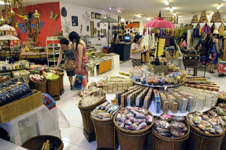 Shopping inside Centro in Discovery Mall, Kuta, Bali