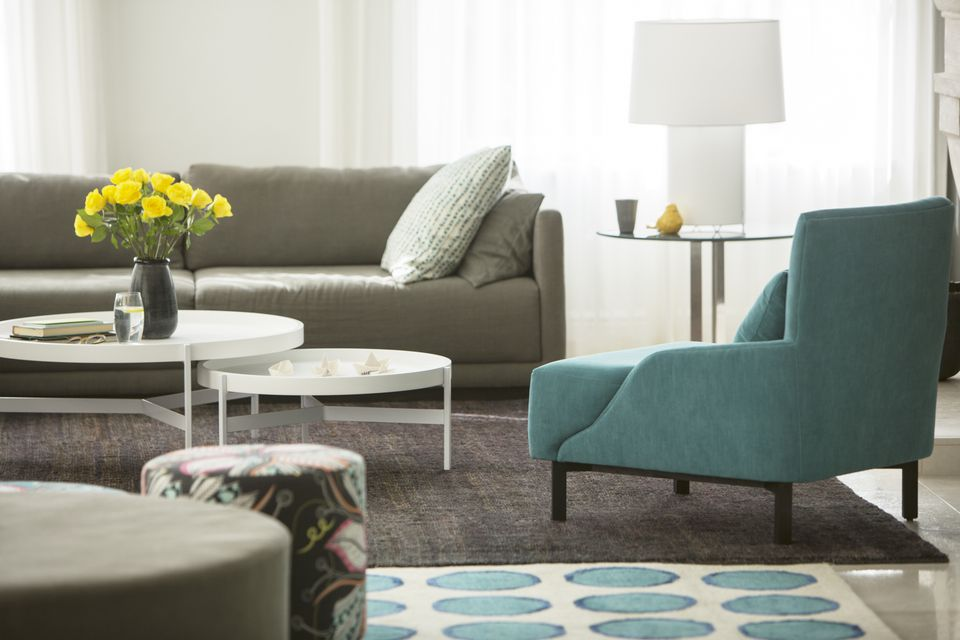 The Beginner\'s Guide to Decorating Living Rooms