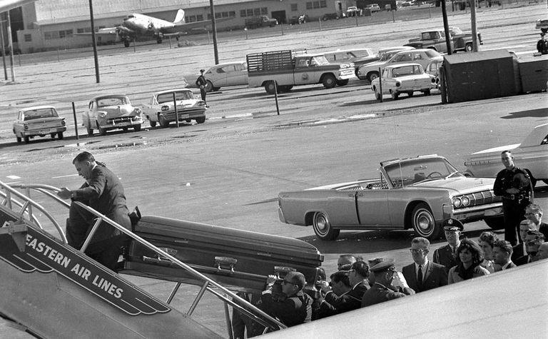 JFK_CASKET.jpg