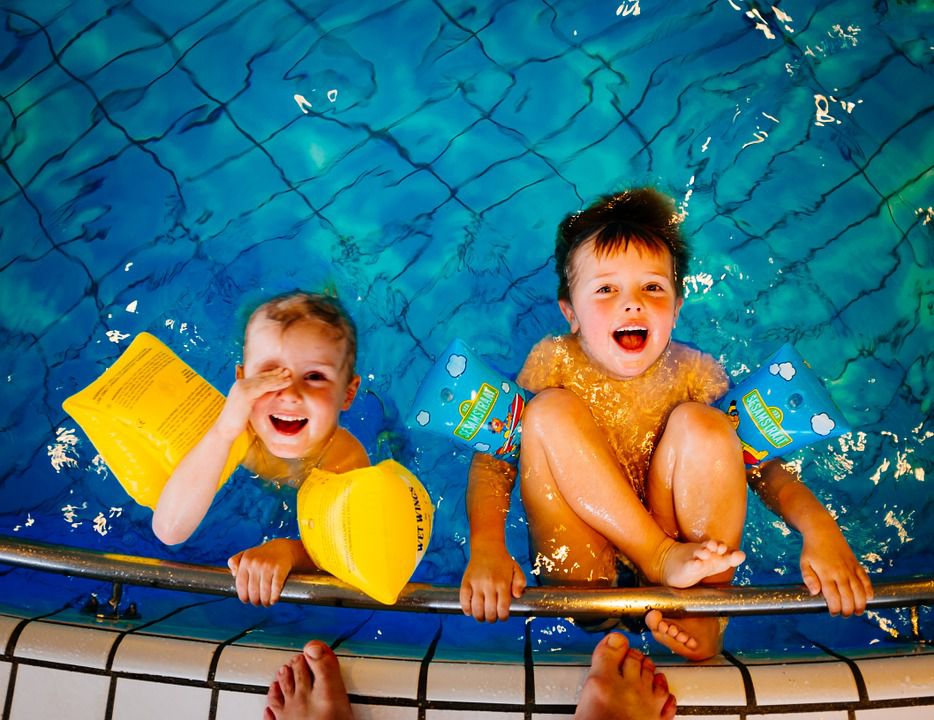 Kids\' Winter Pool Party Tips and Ideas