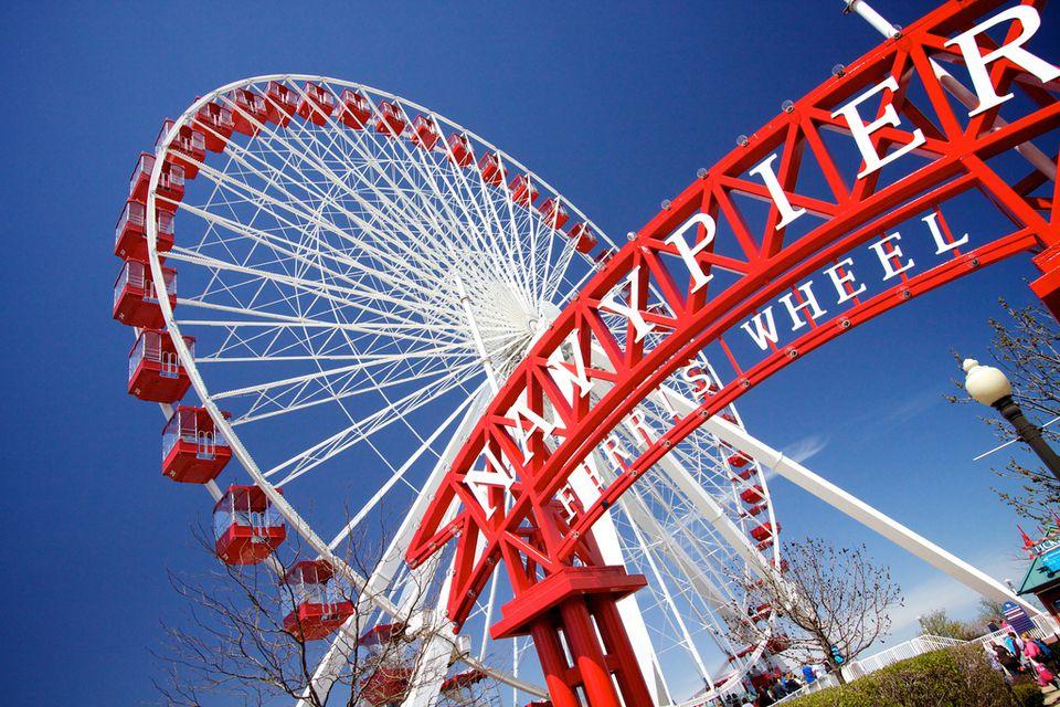 Navy Pier Ferris Wheel in Chicago