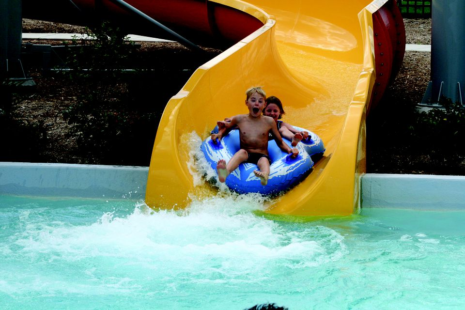 Outdoor Pools And Water Parks In Milwaukee County