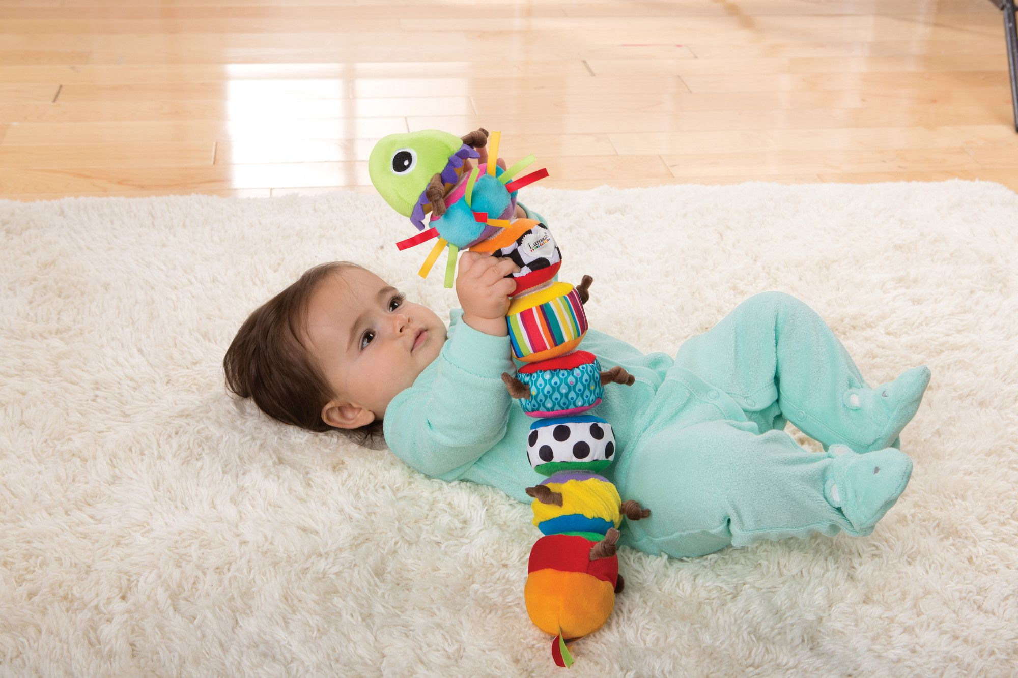 What Are The Best Baby Toys for Ages 0 to 6 Months