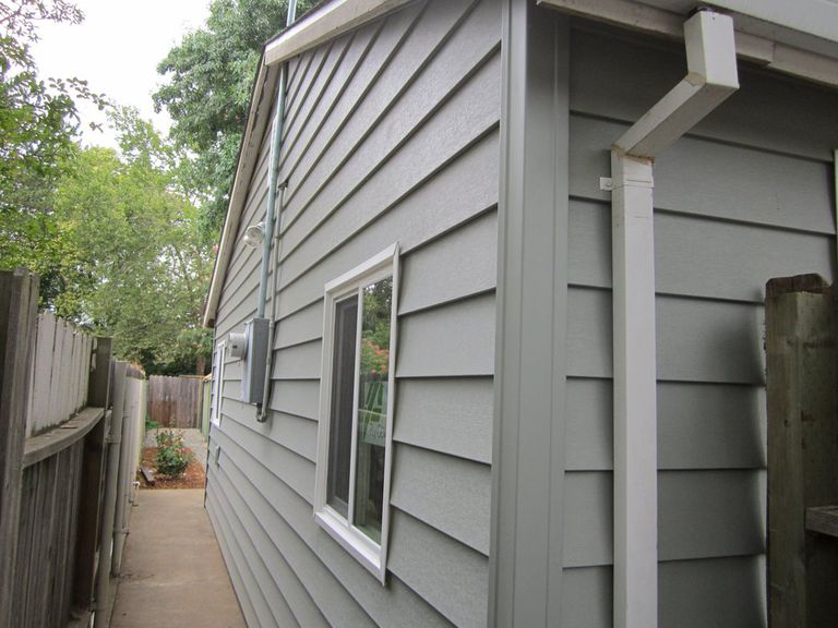7 Popular Siding Materials To Consider: Top Commercial And Residential Siding Options