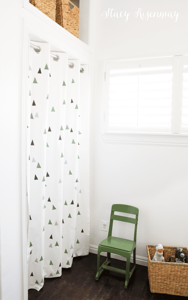 green triangle curtains