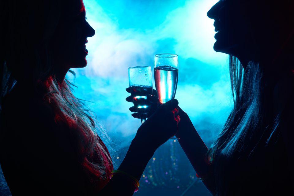 Conversation between female friends