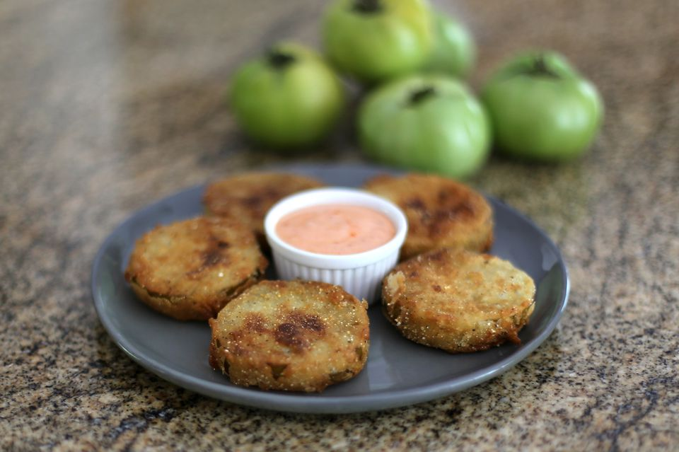 Fried Green Tomatoes with Sriracha Mayonnaise