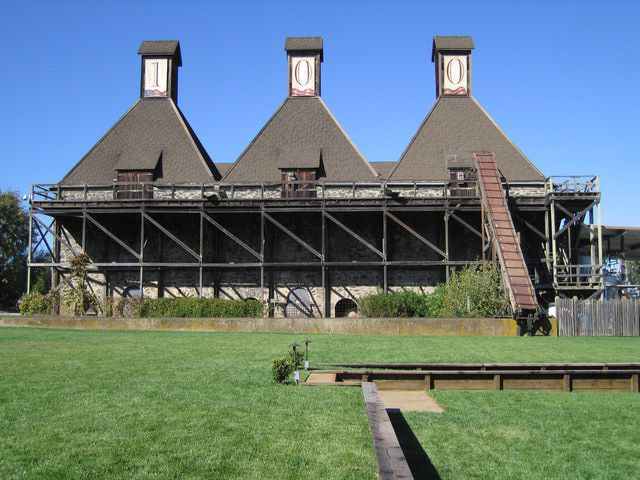 Hop Kiln Winery, on the edge of Healdsburg