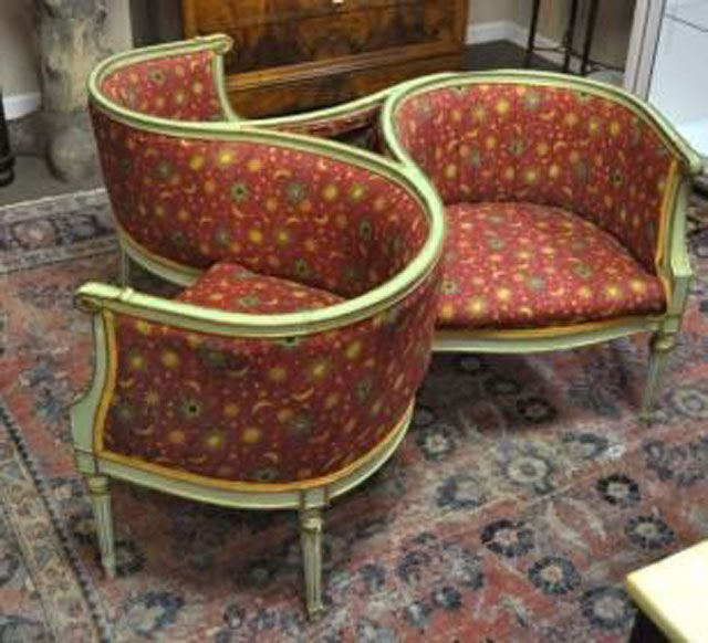 Pinwheel Style Indiscret Sofa. - Olde Mobile Antiques Gallery - Antique Couch, Sofa And Settee Styles