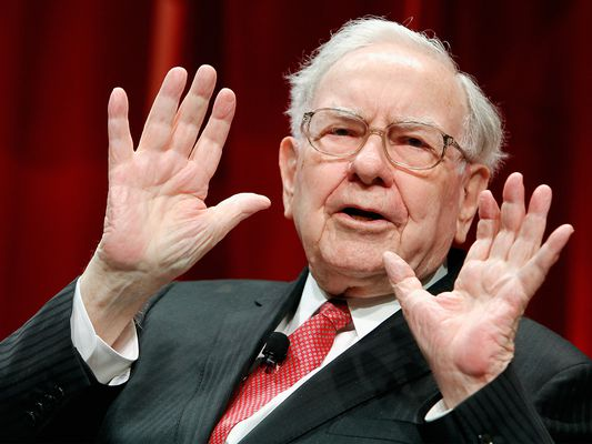 Warren Buffett Speaking with Hands