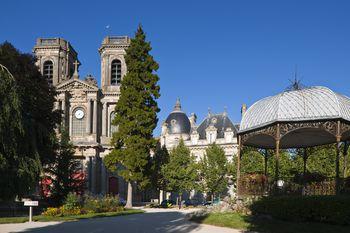 the finest museums outside paris. Black Bedroom Furniture Sets. Home Design Ideas