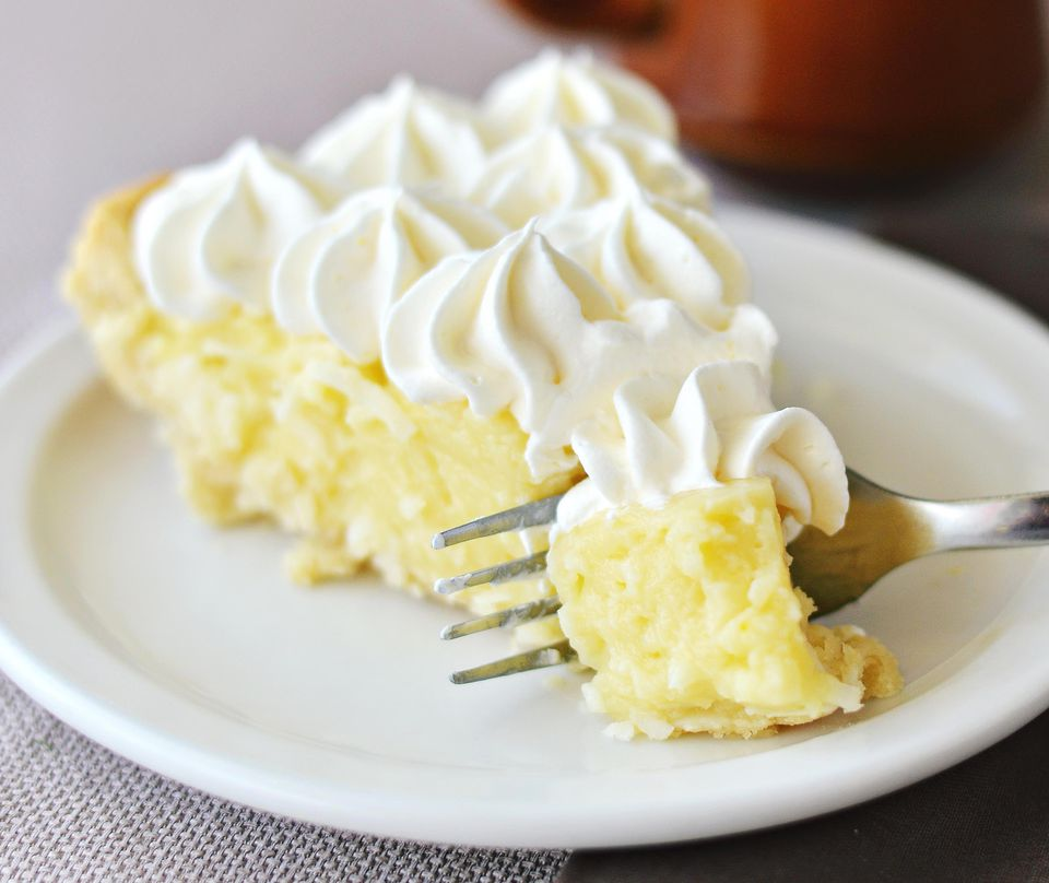 Coconut Pie With Whipped Cream