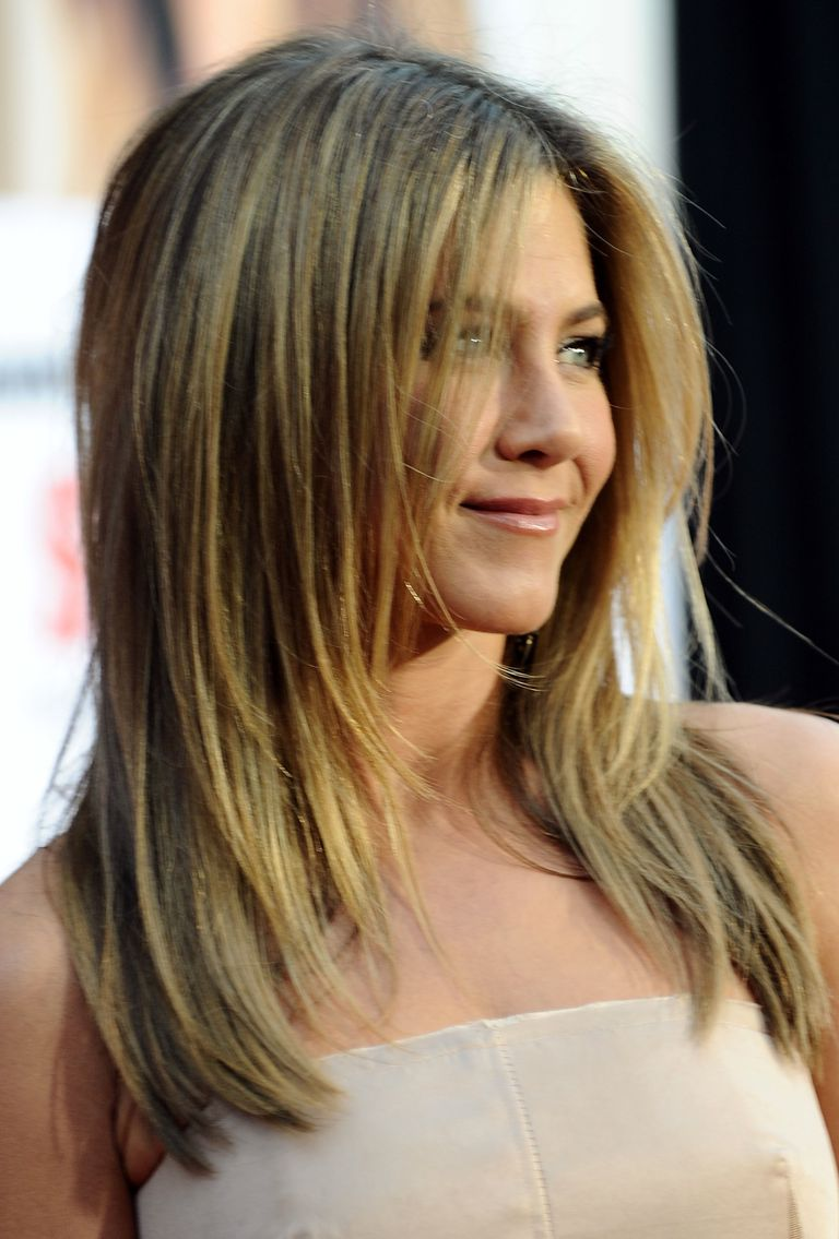 Jennifer Anistons Best Hairstyles Over The Years