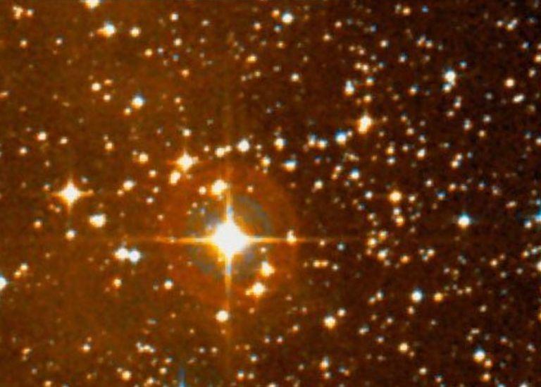 hypergiant star