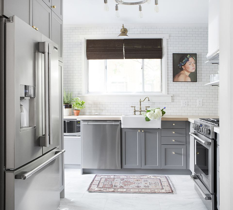10 Amazing Before & After Kitchen Remodels