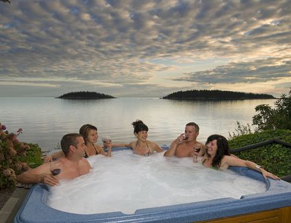 What to Do Before Entering a Hot Tub