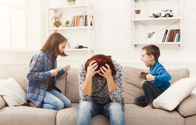 4 Signs of Single Parent Burnout You Should Never Ignore