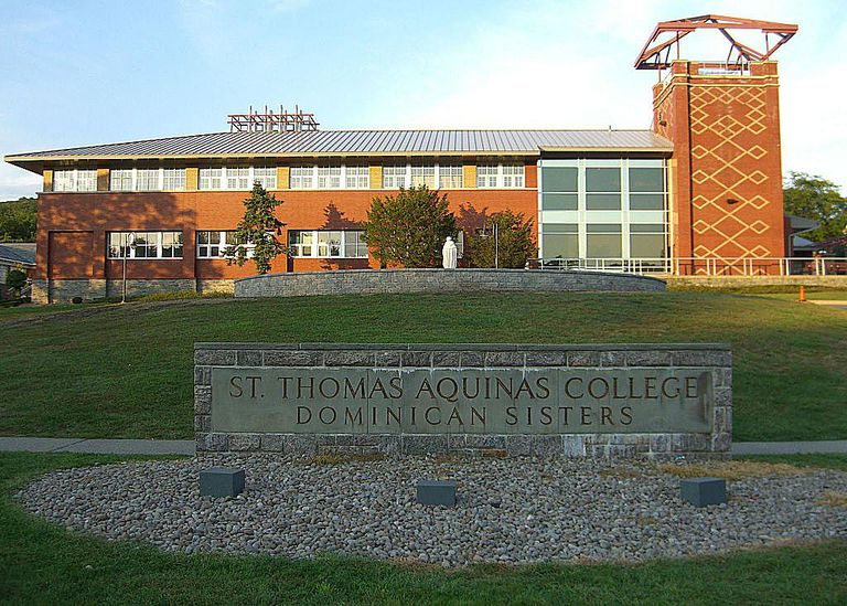 St. Thomas Aquinas College