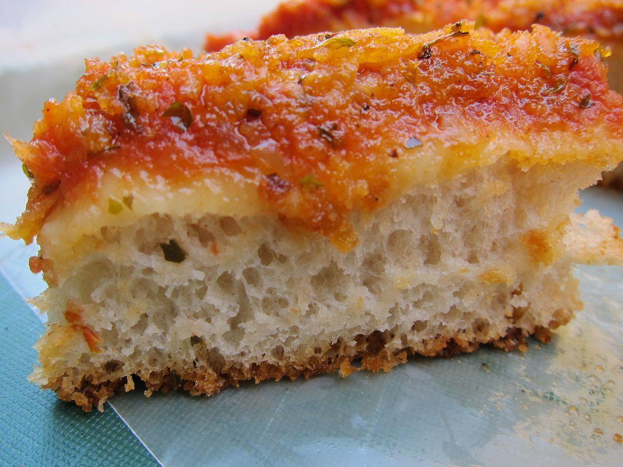 Lo sfincione the original sicilian pizza for Pizza original